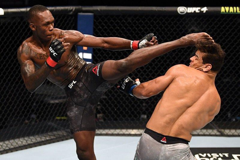 VIDEO - Israel Adesanya surclasse Paulo Costa et s'impose par TKO dans la 2eme