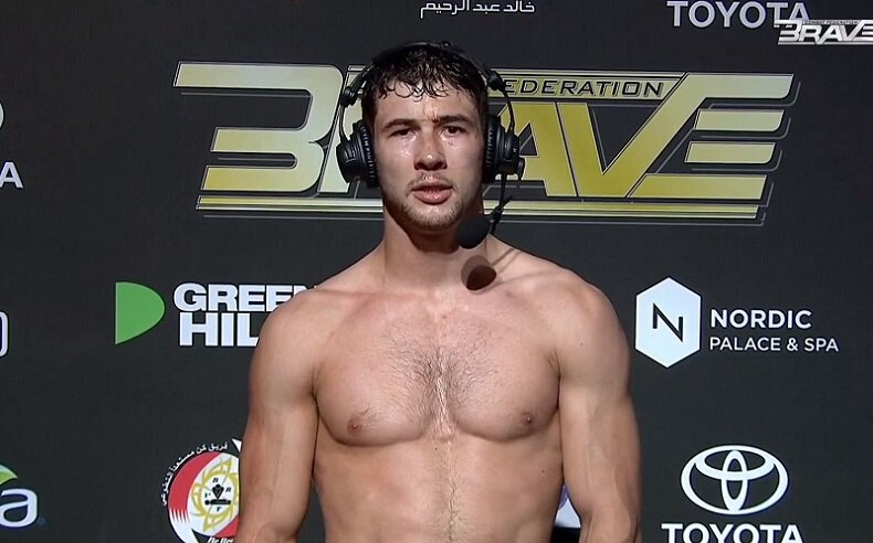 MMA - Axel Sola vainqueur par soumission pour ses débuts chez les Professionnels