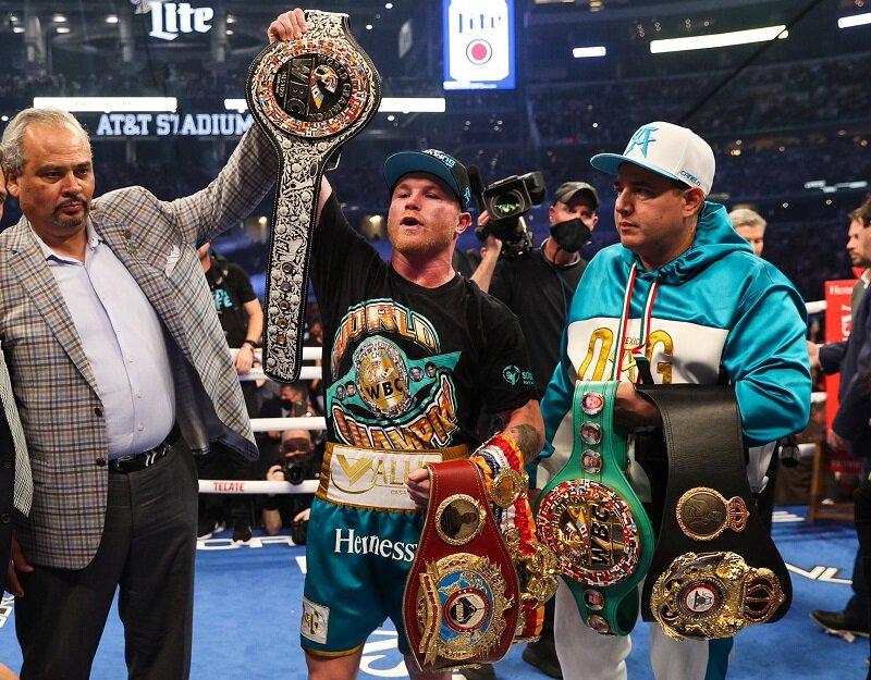 Résultats - Canelo Alvarez stoppe Billy Joe Saunders en 8 rounds devant 73 000 spectateurs